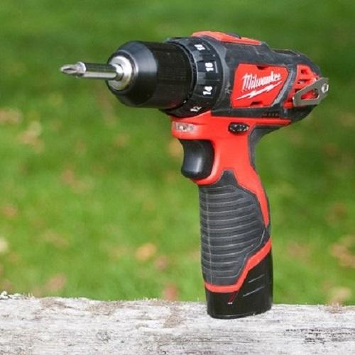 drills-milwaukee-2407-22-lowres-0149